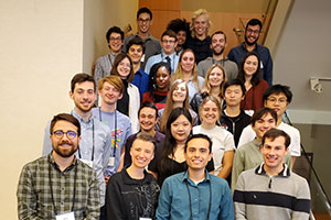 A group photo 的 students and faculty who participated in the 2019 Murdock conference.